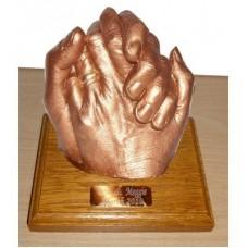 Wedding Hands / Anniversary Statue